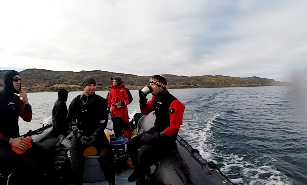 scuba-diving-in-the-arctic