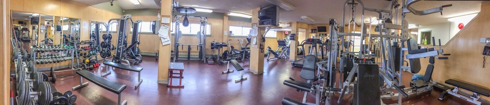 Main gym area of the Frobisher Racquet Club.