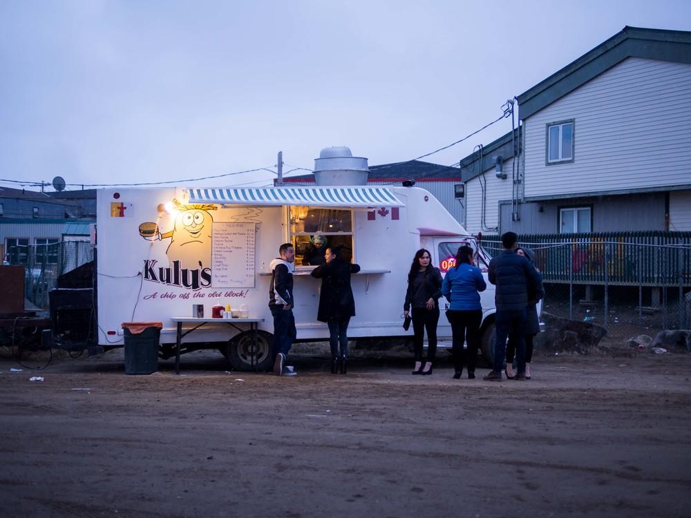 iqaluit-food-truck