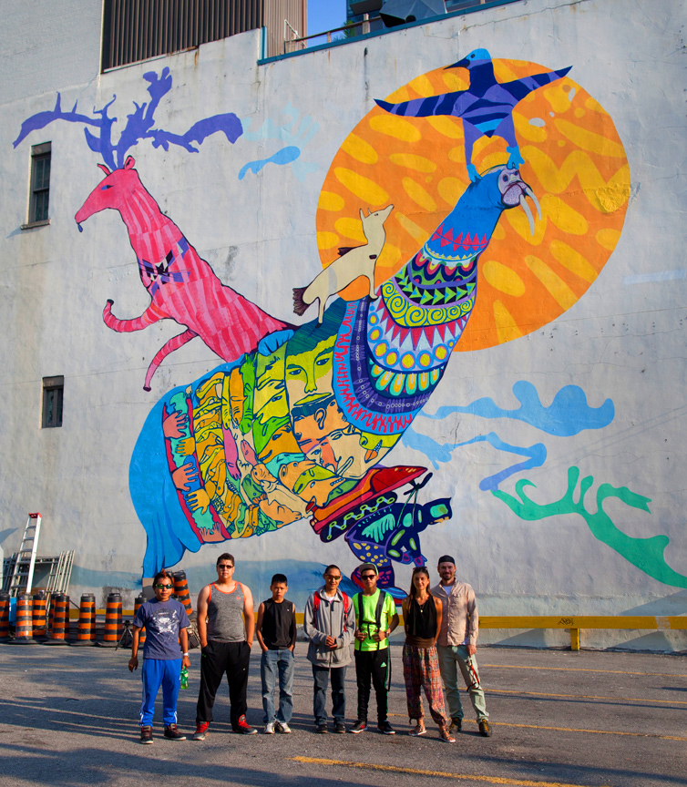 The finished Piliriqatigiingniq mural! Photo by Tobin Grimshaw.