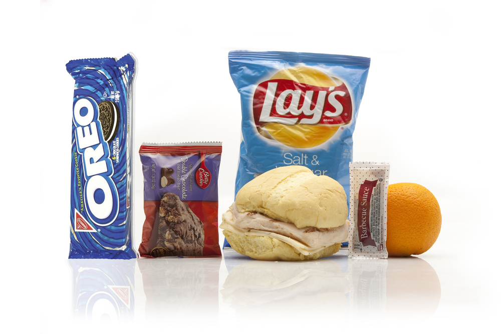 MK02D - LUNCH / DINNER  Chicken Breast & Pepper Jack Cheese Hawaiian Bun BBQ Sauce Packet - 1 per Mayo Packet - 2 per Mustard Packet - 1 per Fresh Orange Salt & Vinegar Potato Chips Butterscotch Oatmeal Bar Oreo Cookie - 6 pack Cutlery Kit/Moist Towelette