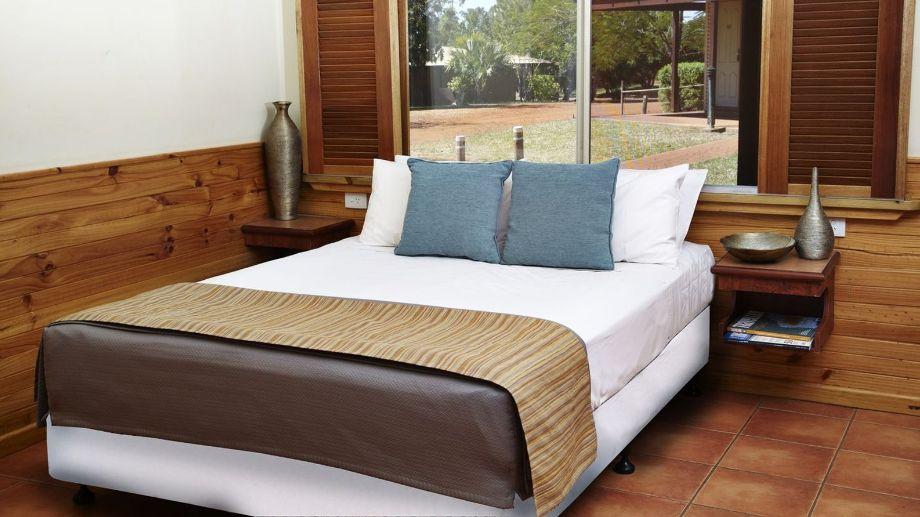 KIMBERLEY_HOTEL-Halls_Creek-Room-9-107108.jpg