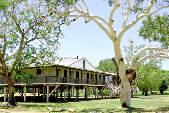 fitzroy-river-lodge4.jpg