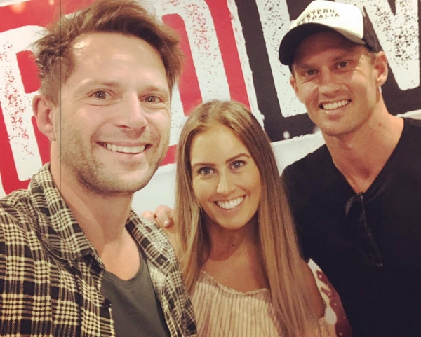 Red Fm - Scotty chats with the Alana and Robbie live on air, on the radio program 'Breakfast on Red'. Click here to listen.