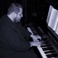 Stefan Nowak - Piano
