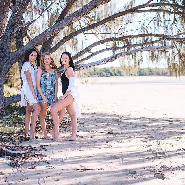 Beach shoot collaboration pics group 1 Thank you being involved. Photography - @crew_one_photography Hair - @hairbybecfarrow_ Makeup - @shellie_belle_ Spray tans - @bronzedbabeswithash  Swimwear - @coastlinefashion  Models- @runway7agency_  @taleisha0219  @madisyn.ninness  @samarahbbelton  Locals supporting locals.