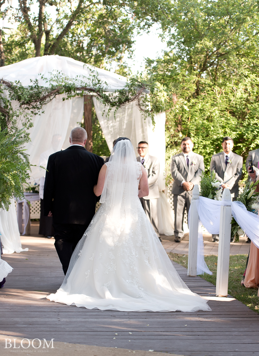 Cortez_Wedding_San_Antonio_Texas_photographer_bloom_051518_1066.jpg