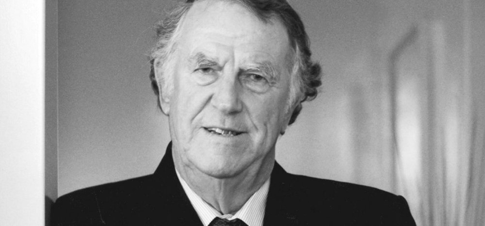 Sir Edmund Hillary -  Read Shorter Bio