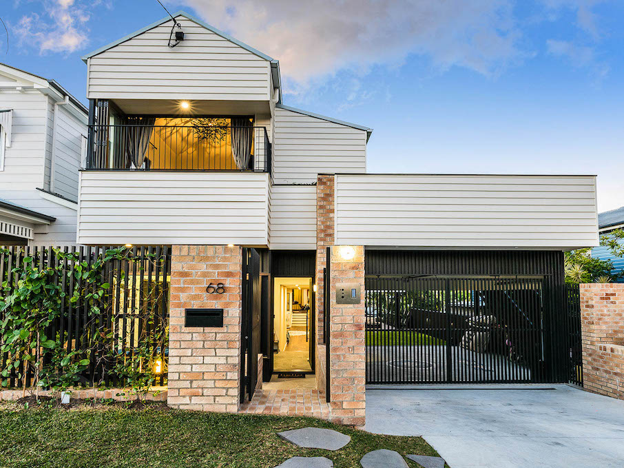 Darcy Lord - Place Bulimba