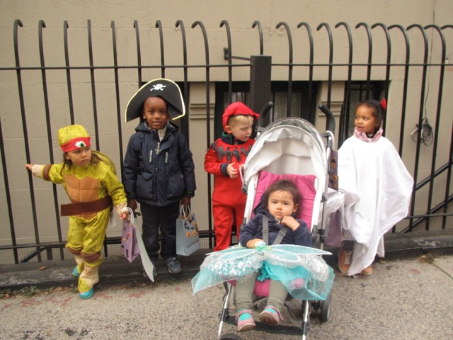 rellas-spielhaus-german-daycare-halloween-1.jpeg