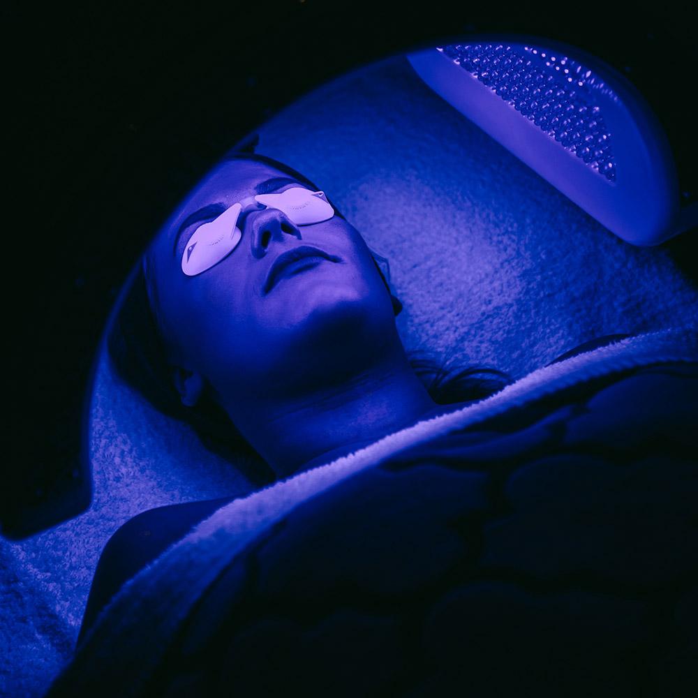 Dermalux-LED-2.jpg