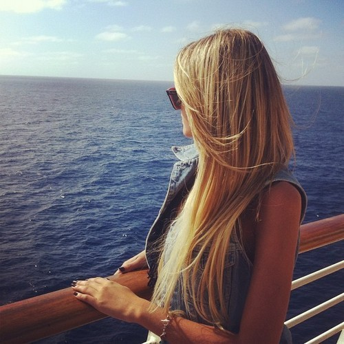 blonde-girl-hair-ocean-Favim.com-919274.jpg