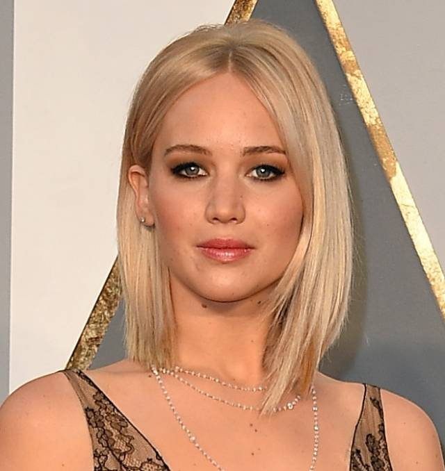 jennifer-lawrence-hair-oscars__iphone_640.jpg
