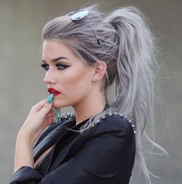 messy-ponytails-2.jpg
