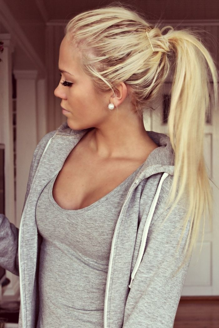 Cute-Ponytail-Hairstyle-for-Long-Hair.jpg