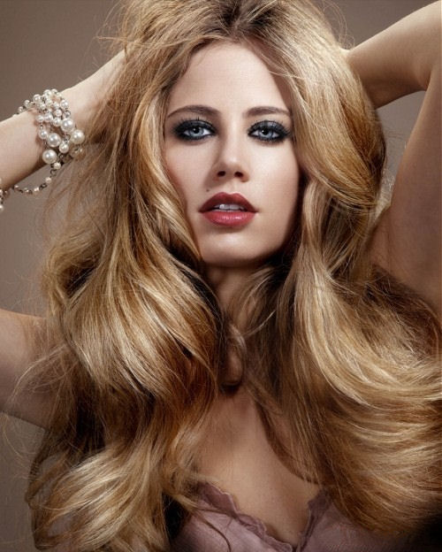 blonde-hair-with-caramel-highlights-2016.jpg