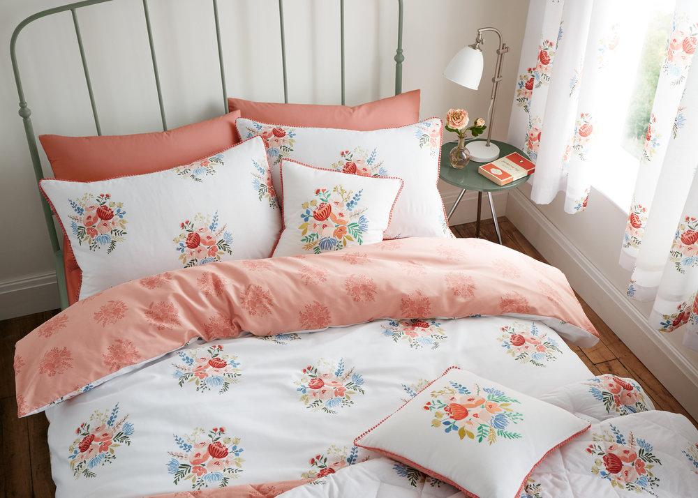 06_Pom Pom Floral_44142.jpg