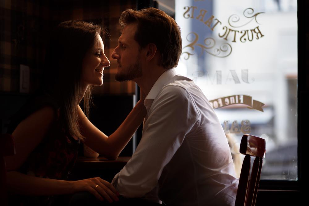 Ensaio-noivos-ensaio-casal-pre-wedding-ensaio-noivos-curitiba-ouro-fino-fotografia-casamento-fotografo-casamento-fotografia-casamento-curitiba-cafe-rause_19.jpg