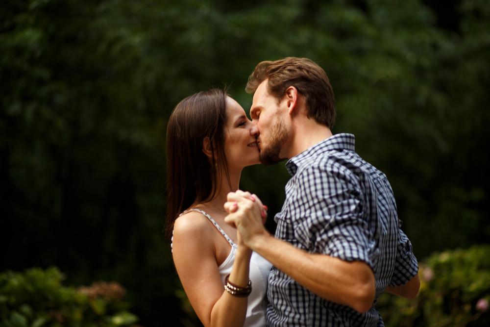 Ensaio-noivos-ensaio-casal-pre-wedding-ensaio-noivos-curitiba-ouro-fino-fotografia-casamento-fotografo-casamento-fotografia-casamento-curitiba-cafe-rause_30.jpg