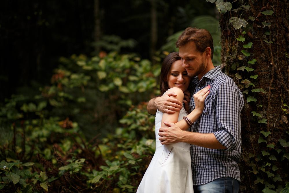 Ensaio-noivos-ensaio-casal-pre-wedding-ensaio-noivos-curitiba-ouro-fino-fotografia-casamento-fotografo-casamento-fotografia-casamento-curitiba-cafe-rause_34.jpg