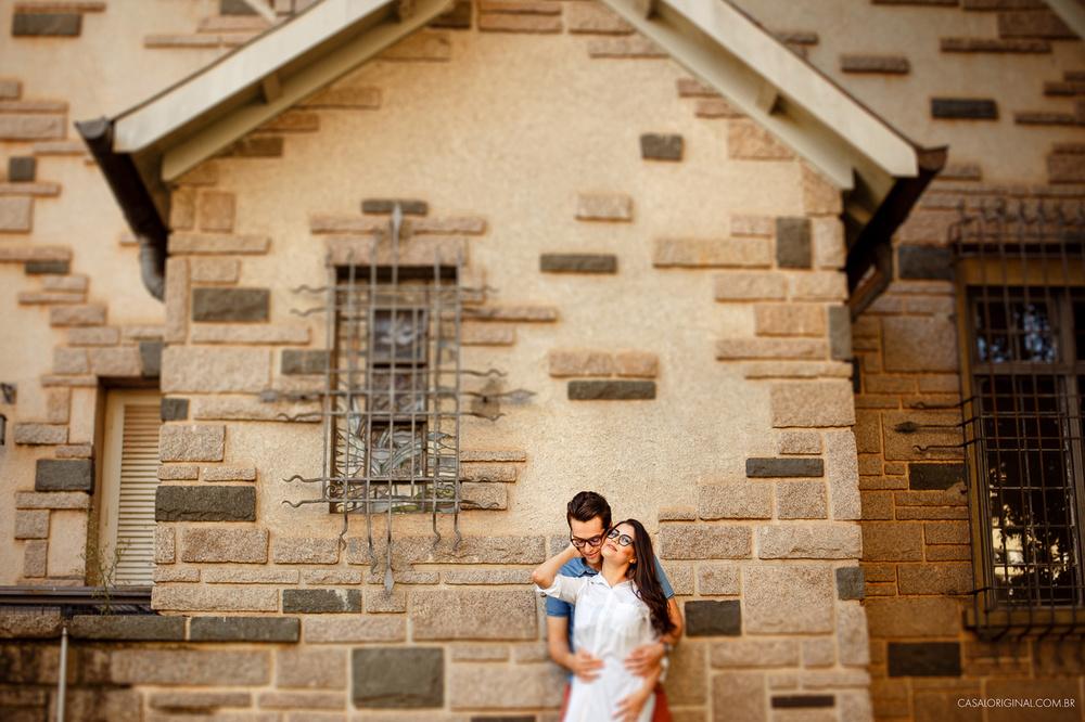 Ensaio-noivos-ensaio-casal-pre-wedding-ensaio-noivos-curitiba-fotografia-casamento-fotografo-casamento-fotografia-casamento-curitiba_1.jpg