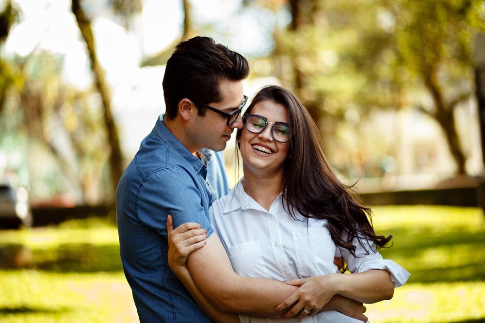 Ensaio-noivos-ensaio-casal-pre-wedding-ensaio-noivos-curitiba-fotografia-casamento-fotografo-casamento-fotografia-casamento-curitiba_8.jpg