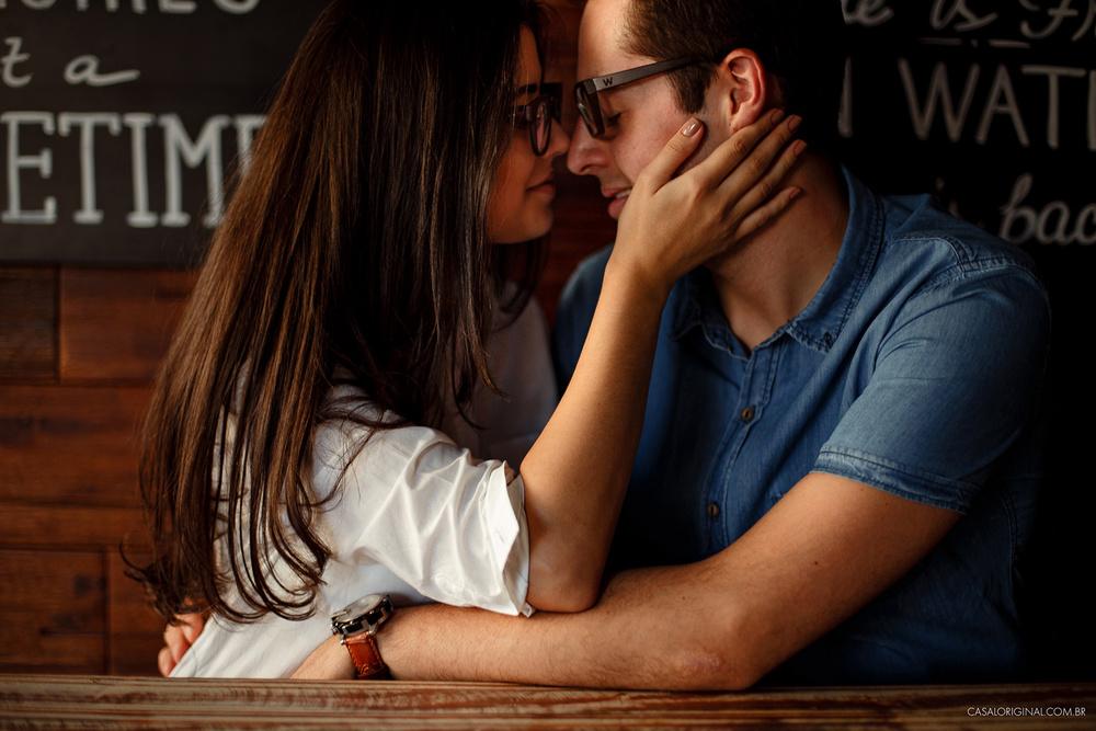 Ensaio-noivos-ensaio-casal-pre-wedding-ensaio-noivos-curitiba-fotografia-casamento-fotografo-casamento-fotografia-casamento-curitiba_19.jpg