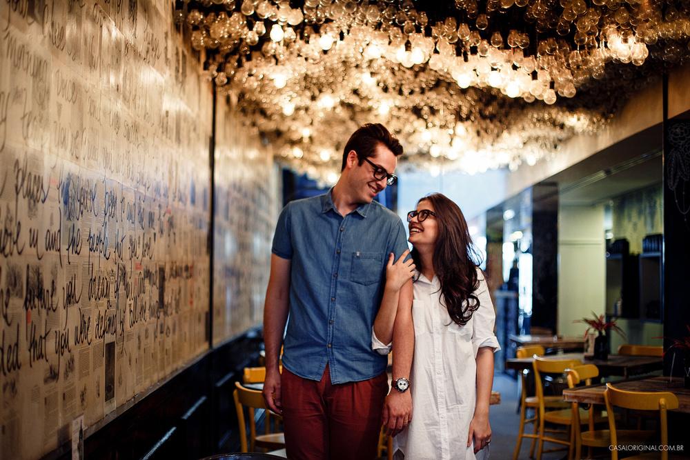 Ensaio-noivos-ensaio-casal-pre-wedding-ensaio-noivos-curitiba-fotografia-casamento-fotografo-casamento-fotografia-casamento-curitiba_22.jpg
