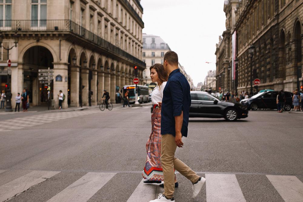 Ensaio-Pre-Wedding-Paris-France-Starbucks-musée-louvre-15.jpg