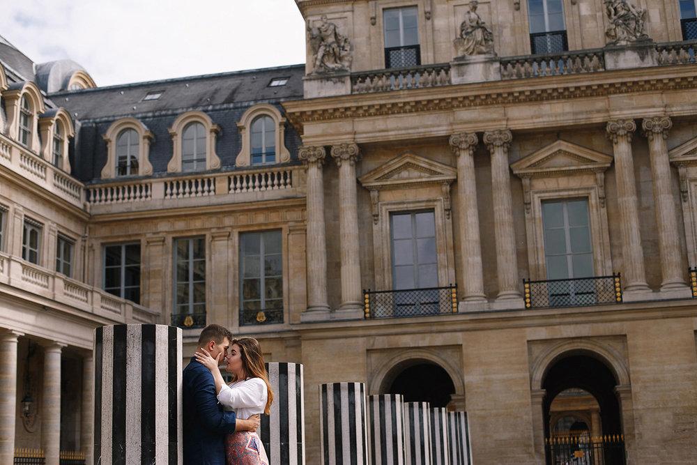Ensaio-Pre-Wedding-Paris-France-Starbucks-musée-louvre-35.jpg