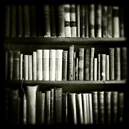 Black and white books life love favim com