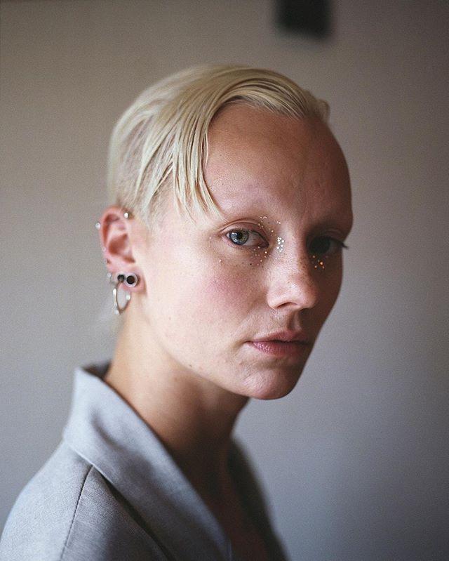 Portrait of Lisette Ros ⠀
