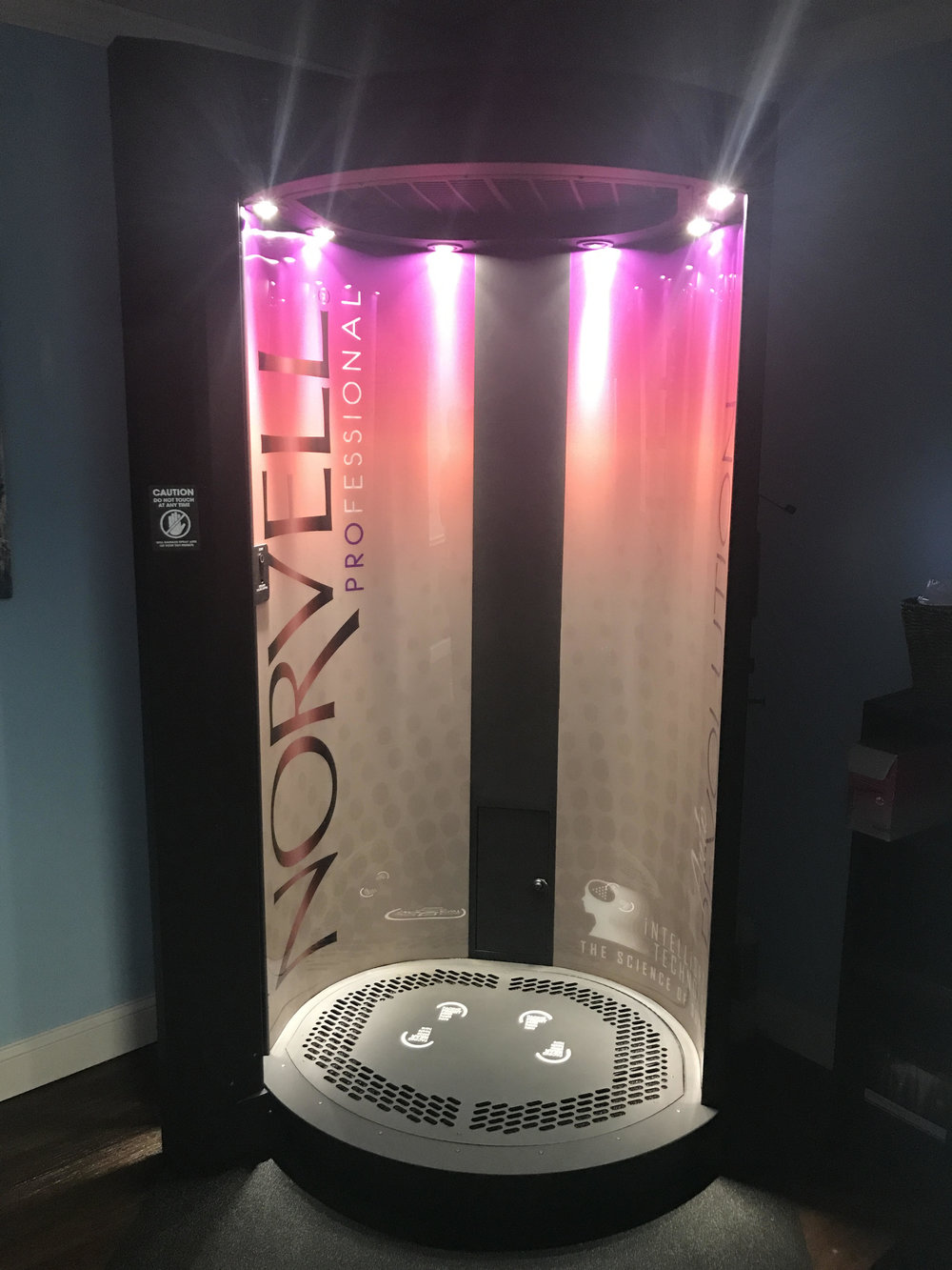 Spray Tan Machine.jpg