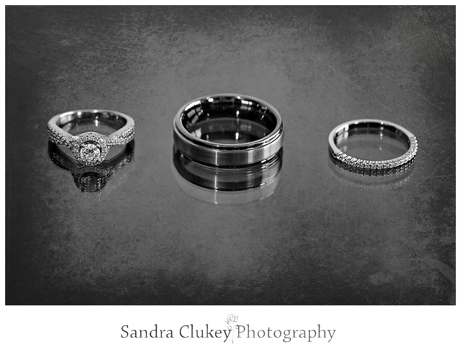 Spectacular wedding rings