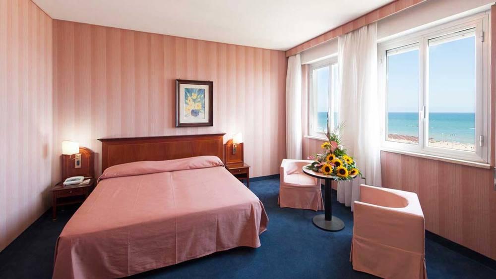 Hotel Esplanade (Pescara, Italy)