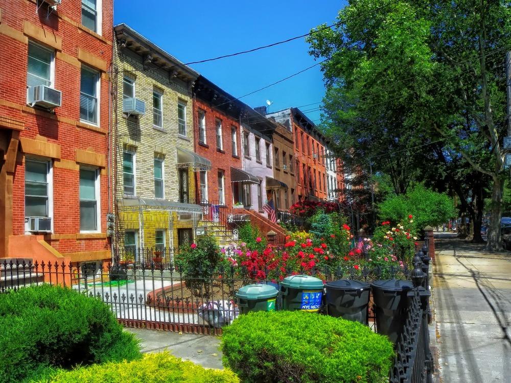 A row of row houses in Brooklyn, NY.