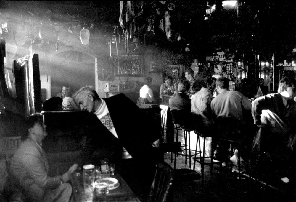 Strand Kelly's Bar 1983.jpg