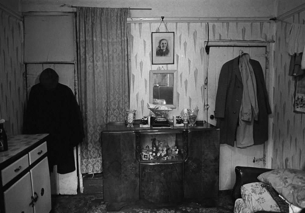 SR1974 - 3 Harry Creighton's living room, Charles Street South.jpg