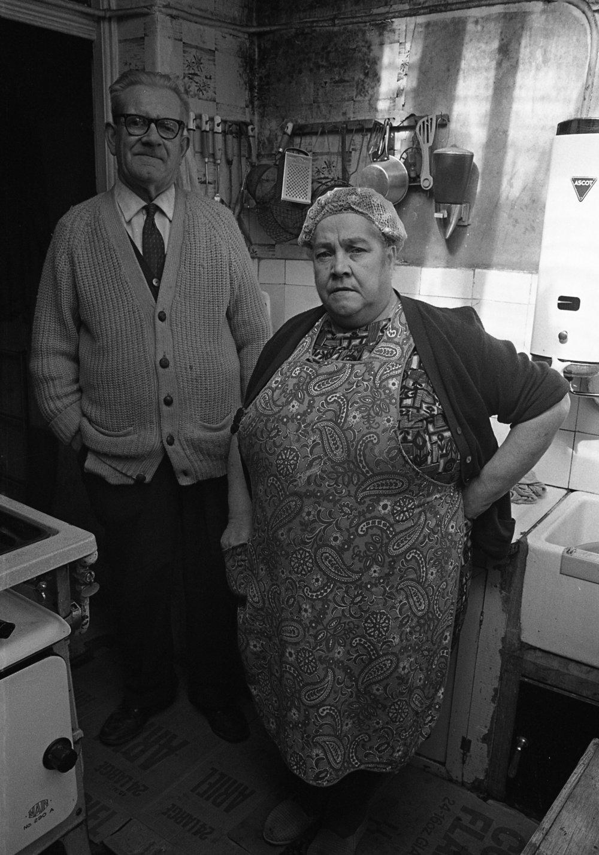 SR1974 - 23 Cassie Bradshaw and husband Bill, Britannic Street.jpg