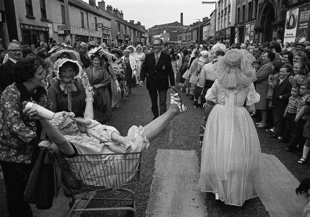 SR1974 - 61 Glamourous Grannies.jpg