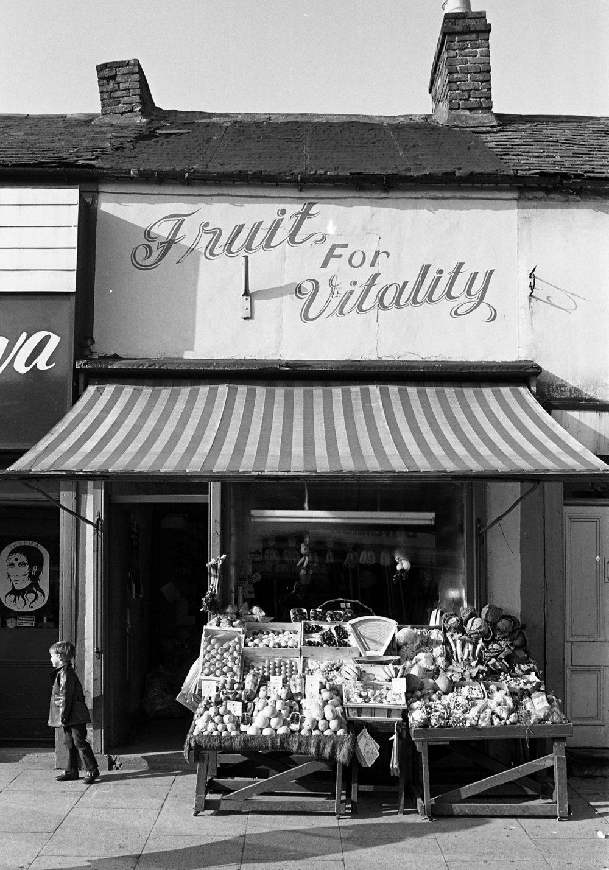 SR1974 - 65 Evelyn's fruit shop.jpg