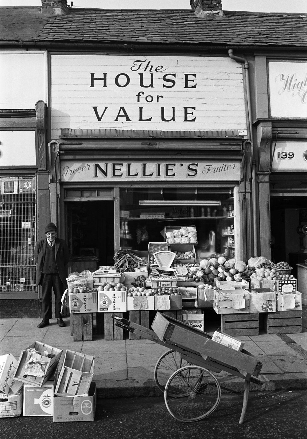 SR1974 - 66 Tom Perry at Nellie's Perry's shop.jpg