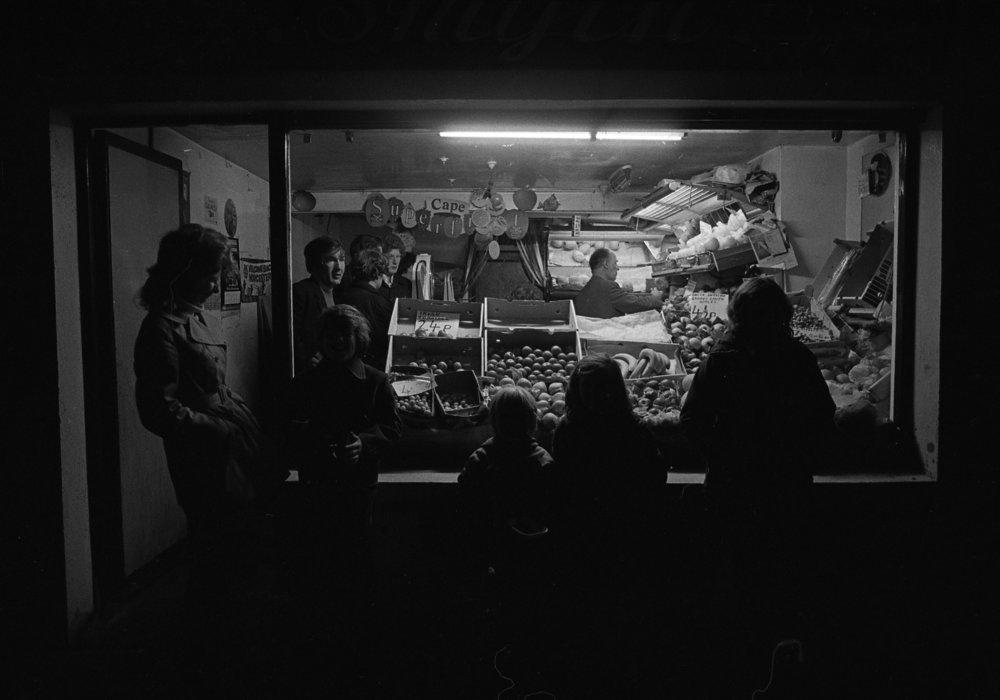 SR1974 - 78 Bobby Smyth's shop.jpg