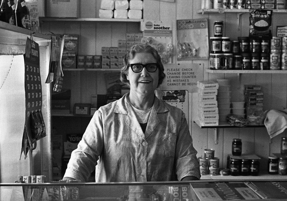 SR1974 - 81 Grocers shop.jpg
