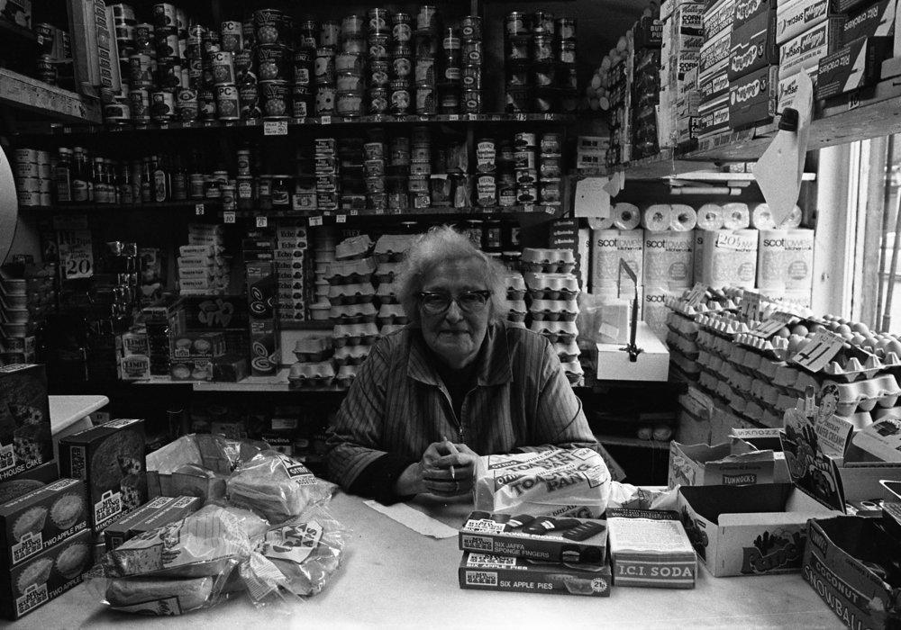 SR1974 - 83 Mrs Simpsons shop, 59 Sandy Row.jpg