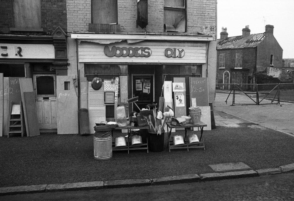 Shops-Albertbridge Rd 01.jpg
