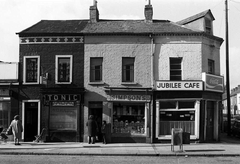 Shops-Bill Kirk shops Sandy Row, 1973. 01 .jpg