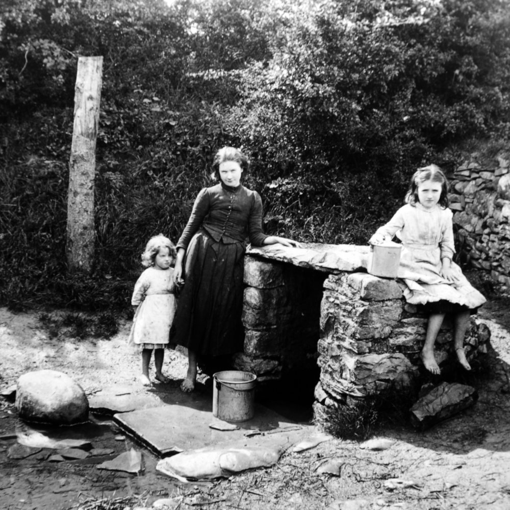 RJW-St Columbas Holy Well, Near Kells, Co.Meath..JPG