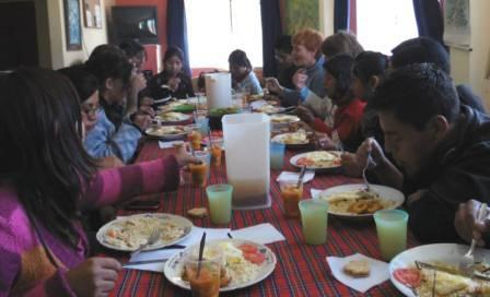 Linda's sister Kathy visited La Paz and joined us for our Wednesday lunch.