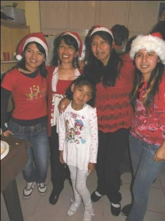 Our Santa Clauses, Viviana, Maria, Janneth, Maytte and little Paz.